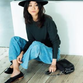 フラット靴×新ゆるパンツ で秋コーデをもっと女らしく!vol.5