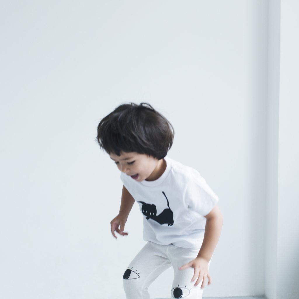 Tシャツ(2〜8歳向けサイズ)¥5,184、レギンス(2〜4歳向けサイズ)¥7,776