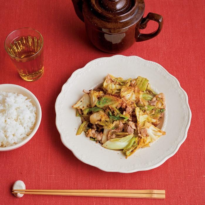 豚肉 と キャベツ の 味噌 炒め