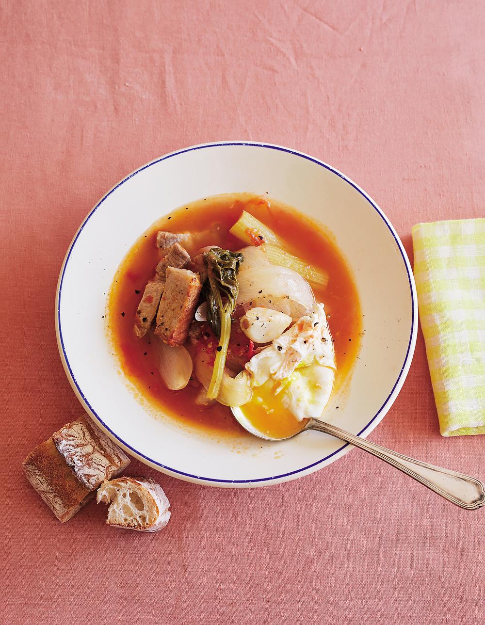 LEE-2018年-3月-ワタナベマキ-豚肉とセロリのトマトスープ