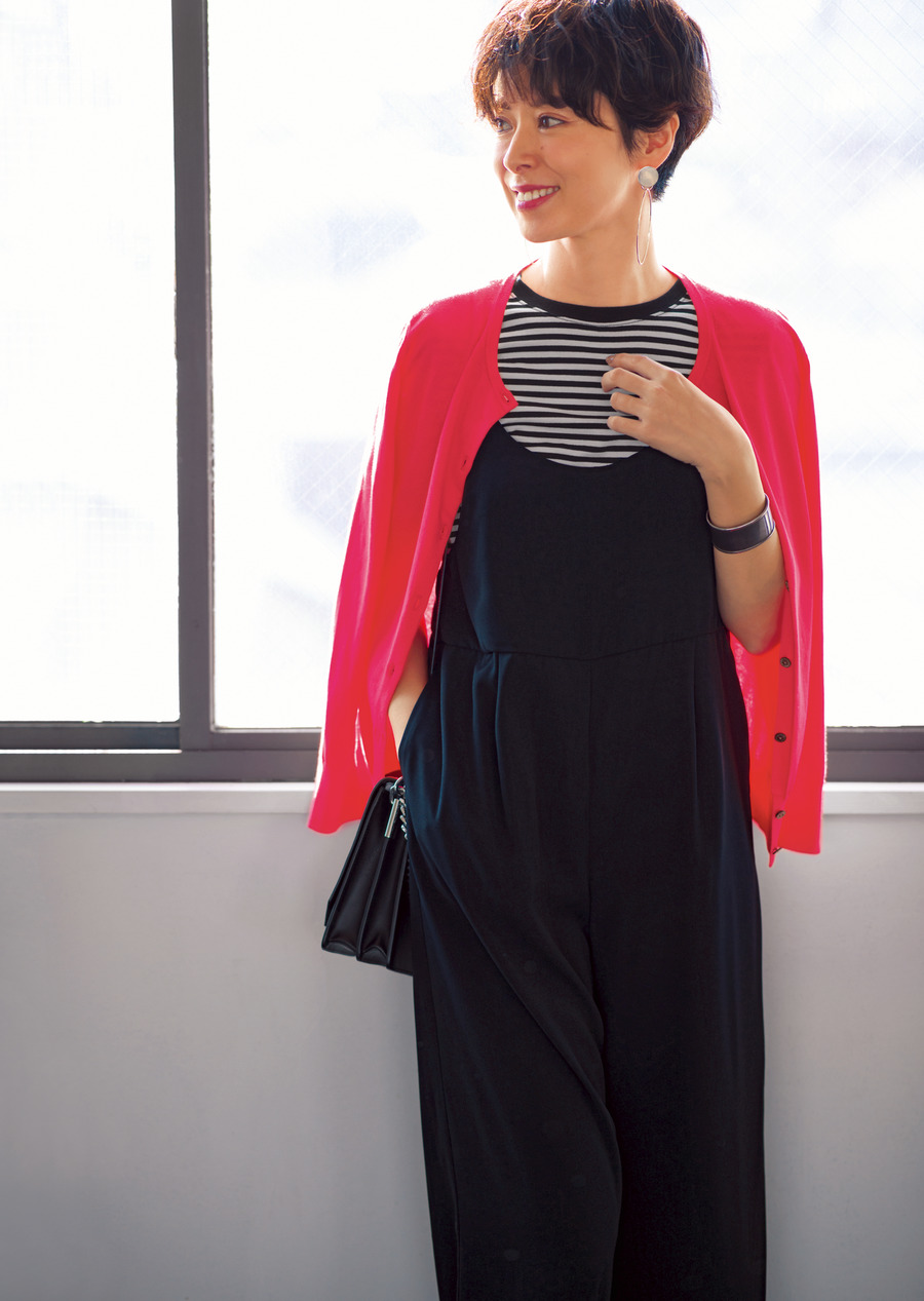 3cf1e64c25eb6 肌色を美しく見せる「大人のチェリーピンク」を味方にする方法/明日なに着る?@LEE