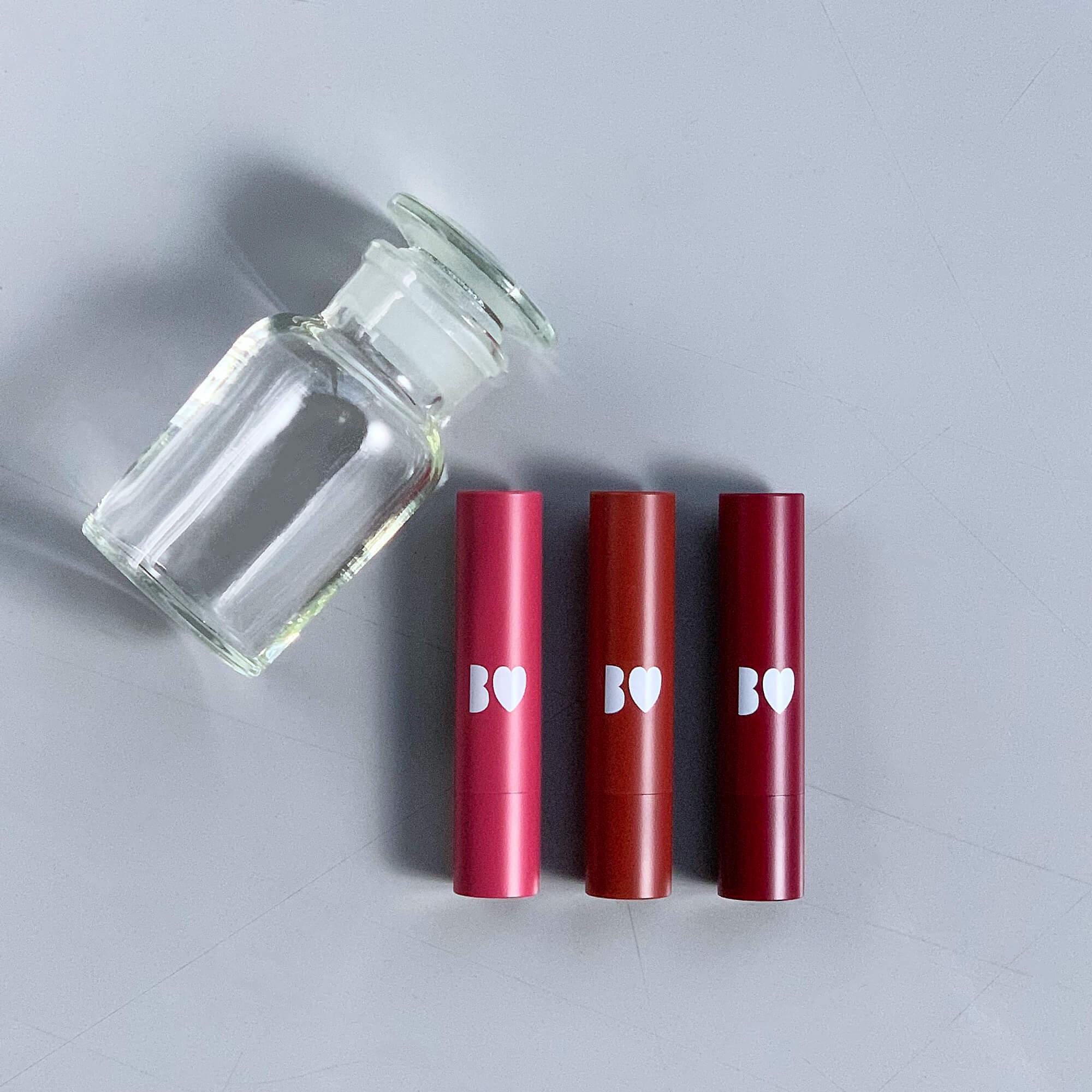 つやぷるリップ 05 やきもちPINK / 06 きまぐれBROWN / 07束縛RED 各¥1400(税抜) ※11月4日発売