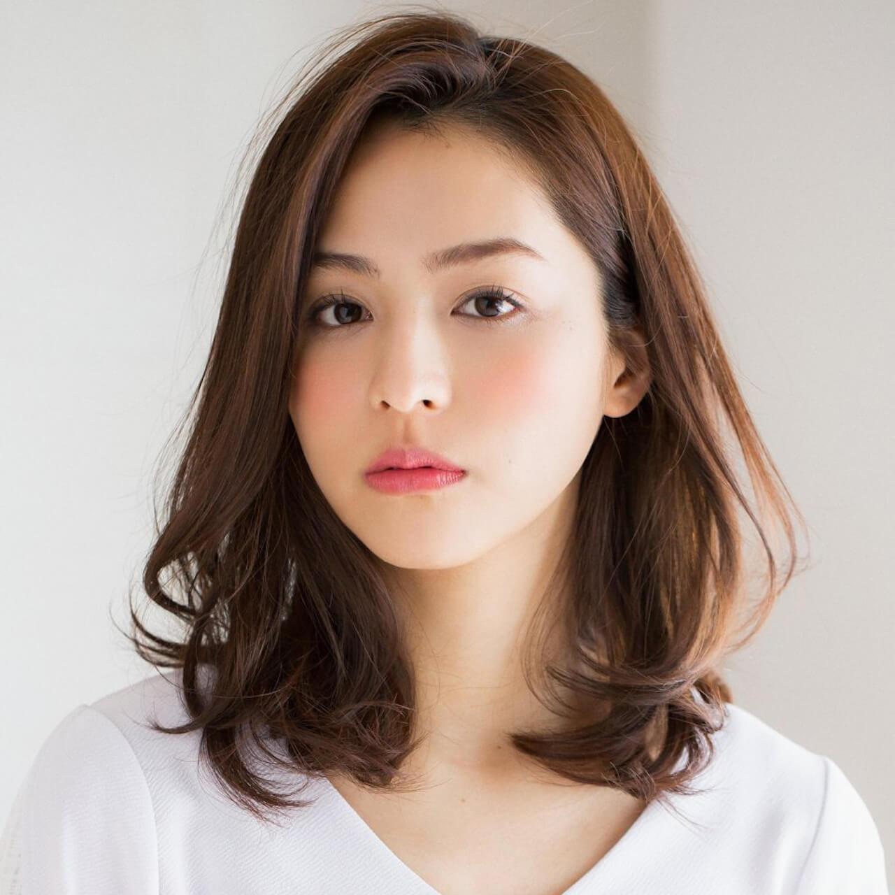 ミディアムヘアスタイル 30代 40代に似合う Top10発表 Lee