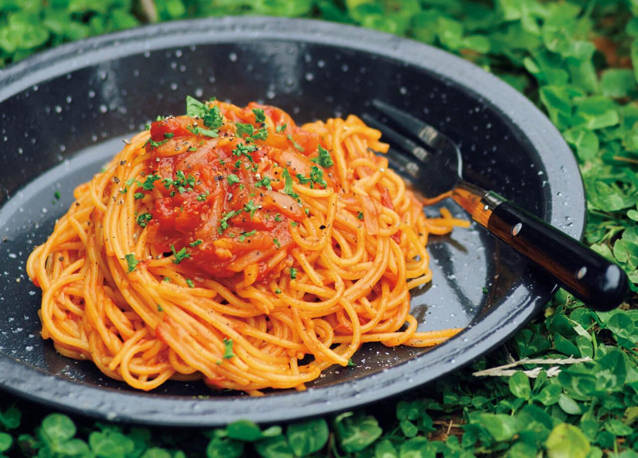 キャンプで「超時短トマトスパゲッティ」レシピ/風森美絵さん