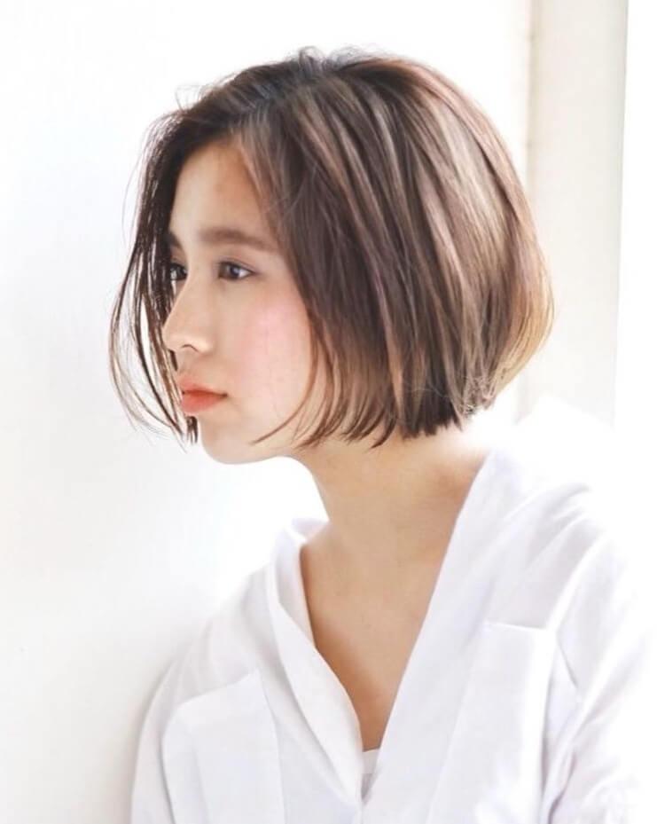 クリーンな印象に!長め前髪で美人をつくる「束感コンパクトボブ」 | LEE