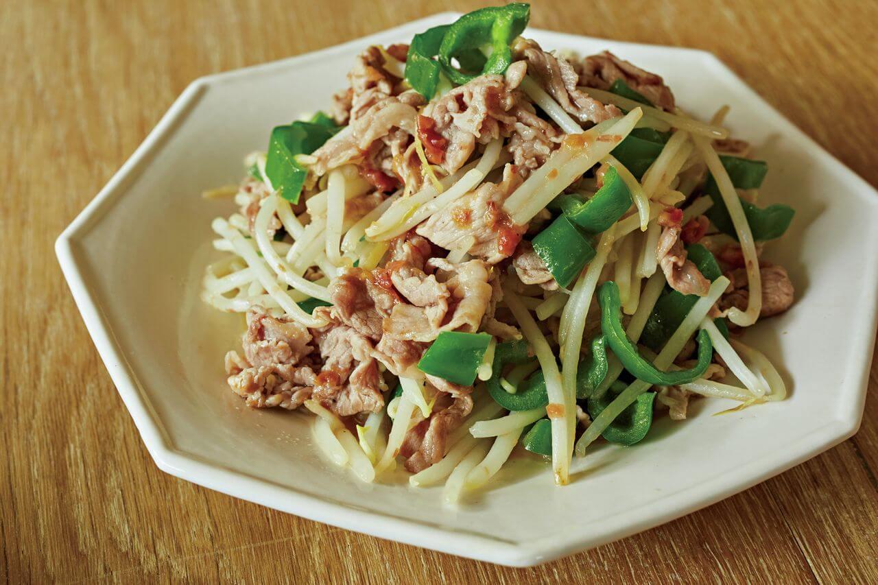 「豚こま、もやし、ピーマン+梅おかか炒め」レシピ/堤 人美さん