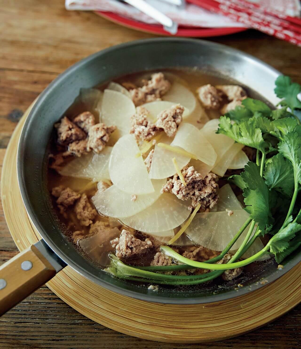 【フライパンひとつ】「ひき肉と薄切り大根の中華塩煮込み」レシピ/市瀬悦子さん