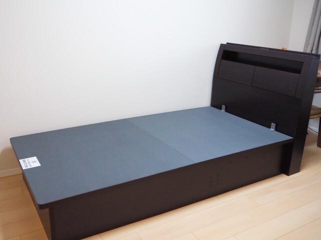 収納 ベッド ニトリ