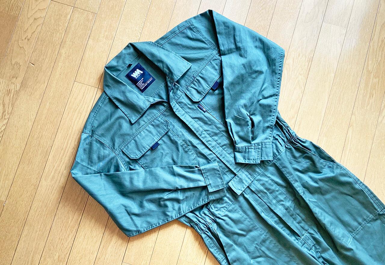 ワークマンオリジナル「1900円のツナギ服」