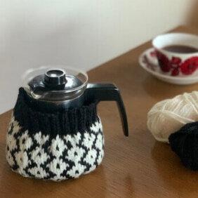 eringoさん手編みのコーヒーコゼー