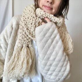 おこもり時間の成果物 手編みのマフラー