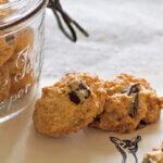 アイキャッチ画像:「チョコレートとココナッツのドロップクッキー」レシピ/なかしましほさん
