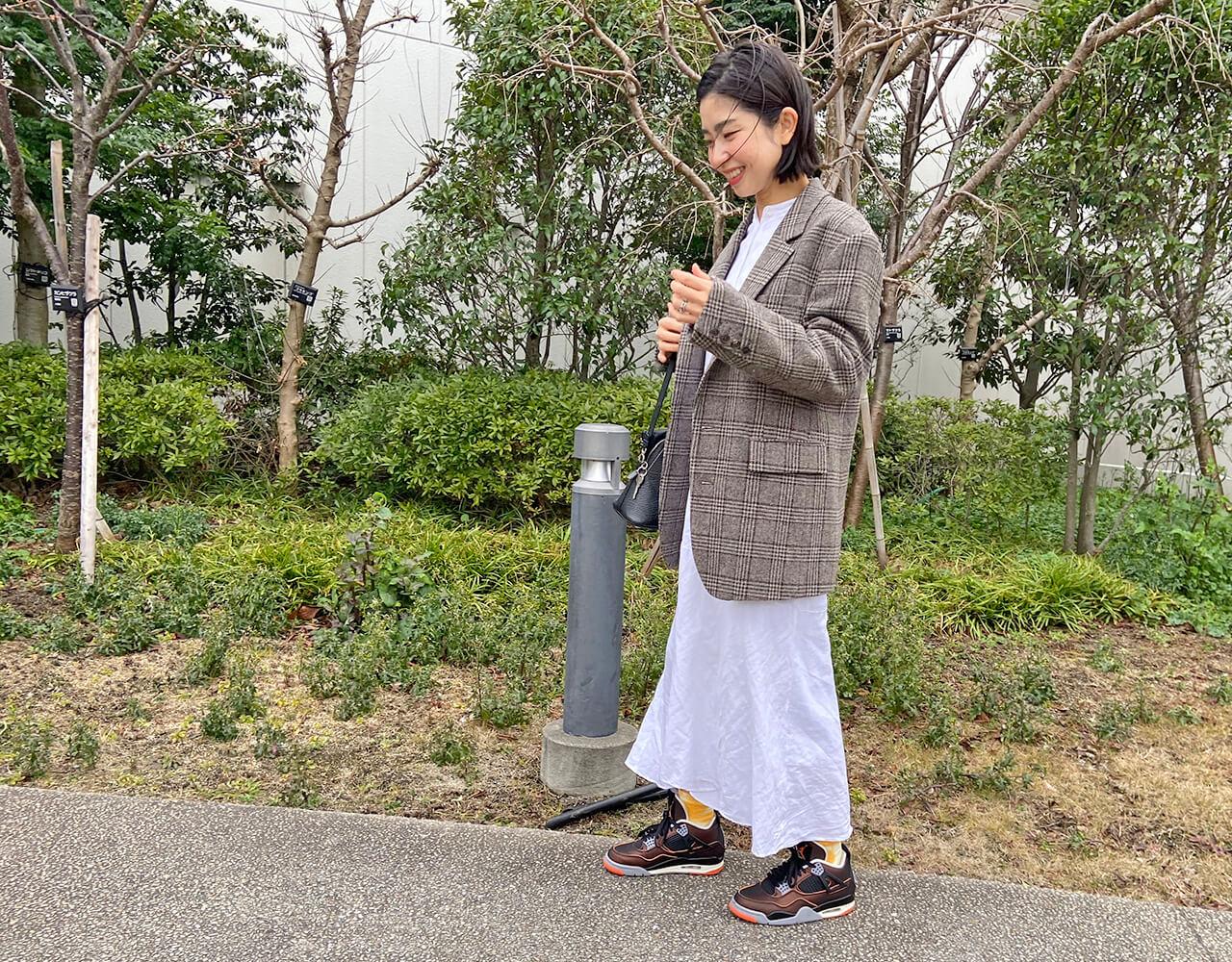 高木綾子 スニーカー/エアジョーダン4 ジャケット/ジェーンスミス ワンピース/プラージュ ソックス/アーバンリサーチドアーズ