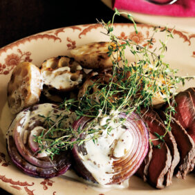 アイキャッチ画像:「れんこんと紫玉ねぎのグリル」レシピ/ワタナベマキさん