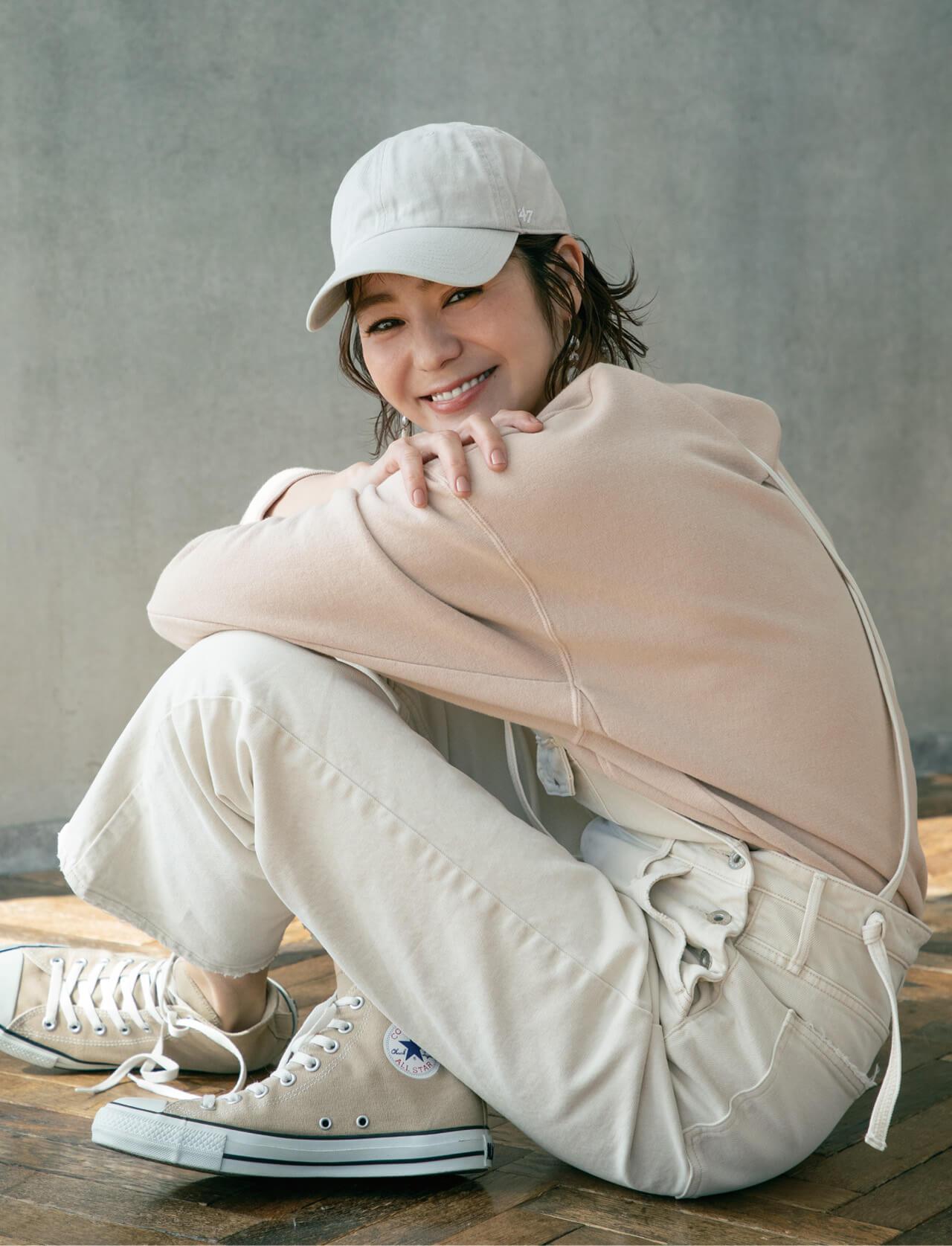モデル/竹下玲奈さん 帽子¥3520/OSM インターナショナル(フォーティーセブン