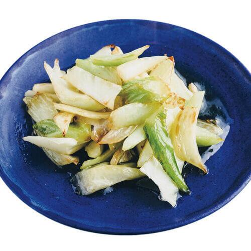 「キャベツの葉の軸のハチミツレモン炒め」レシピ/川上ミホさん