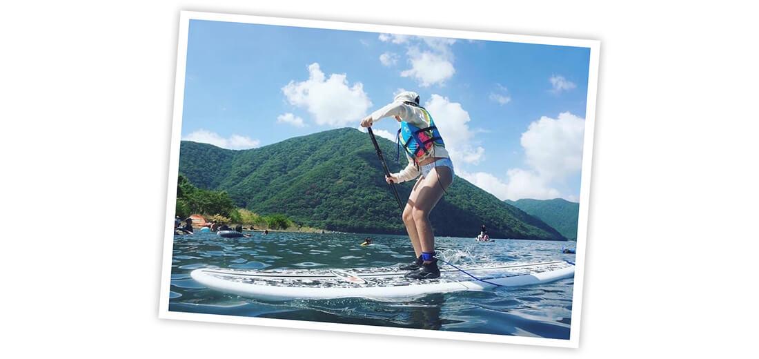 川口ゆかりさんの本栖湖キャンプ場でのキャンプ写真