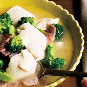 「豆腐、ブロッコリー、ハムの中華とろみ煮」レシピ/堤 人美さん