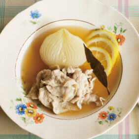 「レモン風味の玉ねぎポトフ」レシピ/堤 人美さん