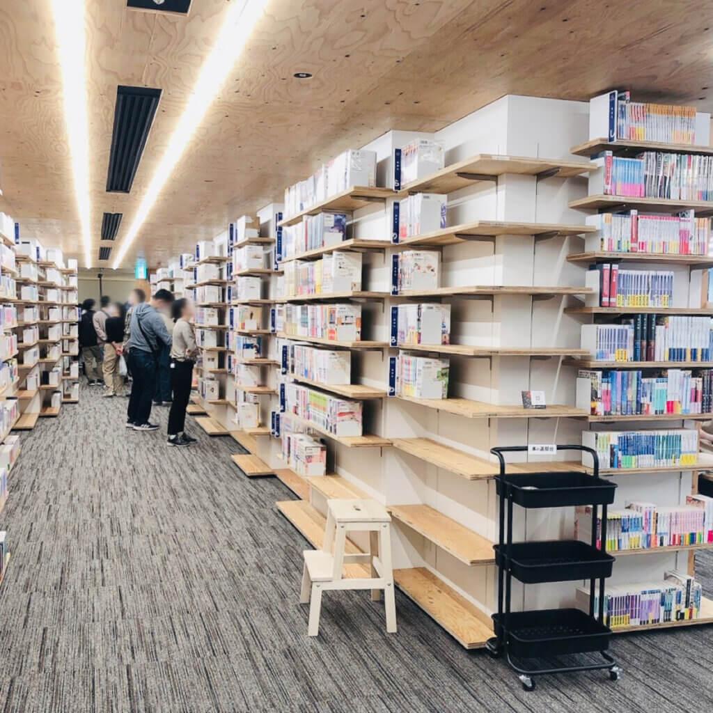 角川武蔵野ミュージアム 漫画・ラノベ図書館