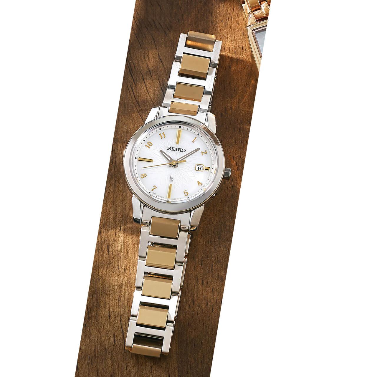 時計(チタン、28mm)¥85800/セイコーウオッチお客様相談室(セイコー ルキア)