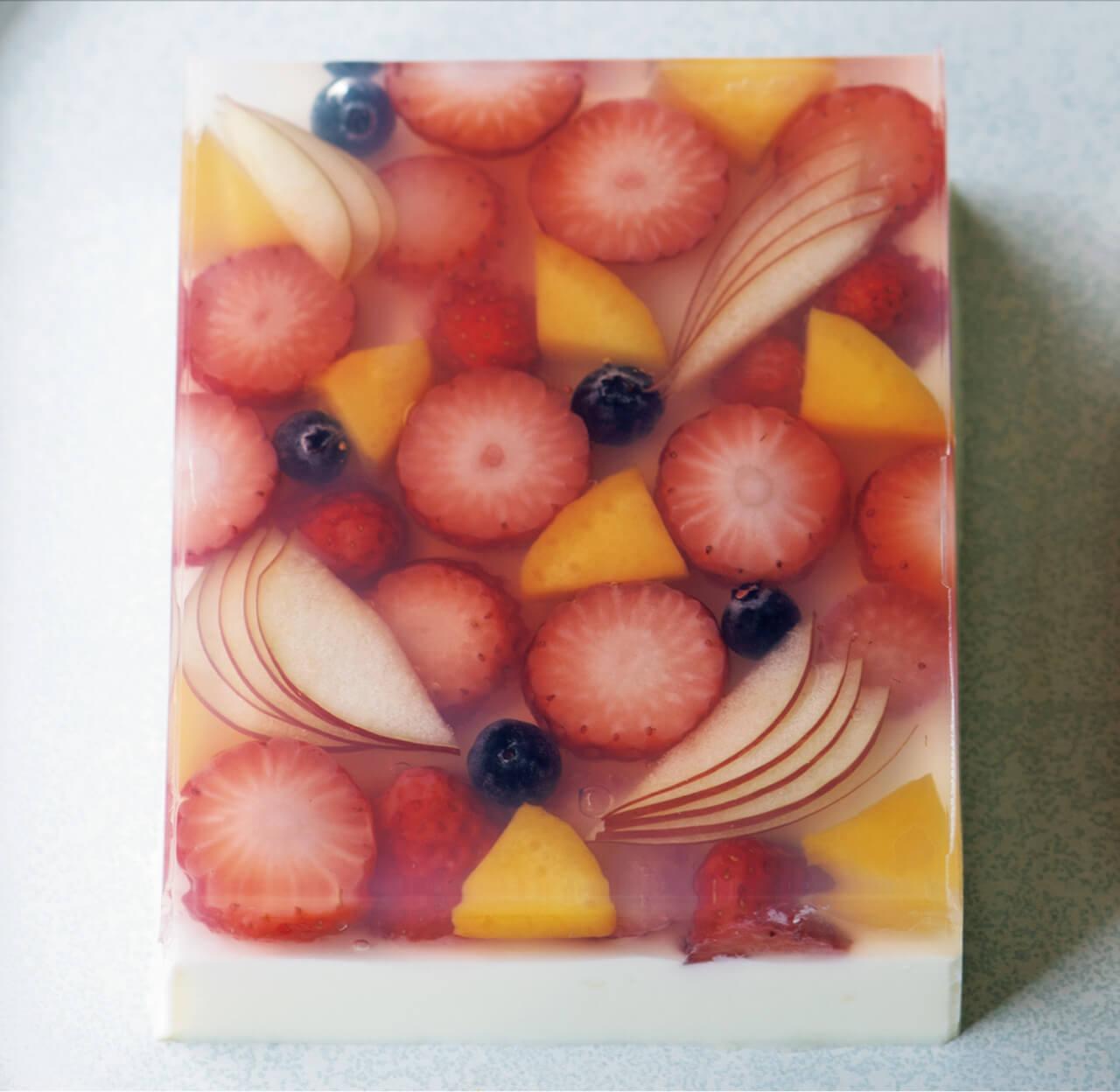 いちごのホワイトチョコ羹/八田真樹さん