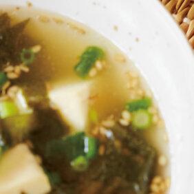 アイキャッチ画像:「豆腐とワカメの和風スープ」レシピ/黄川田としえさん