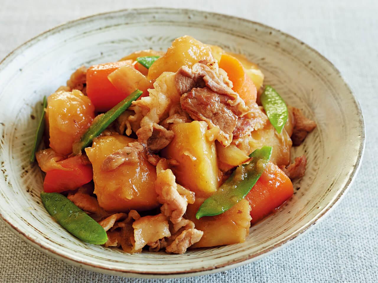 フライパンで「肉じゃが」レシピ/小林まさみさん