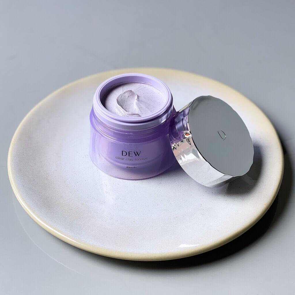 〈マスク・洗顔料〉90ℊ(スパチュラ付き)¥3080(編集部調べの税込価格)