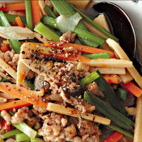 アイキャッチ画像:「サンラータン風煮物」レシピ/小林まさみさん