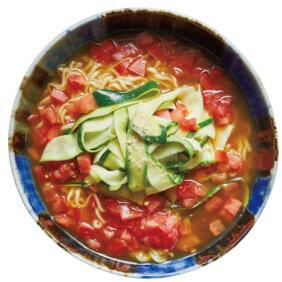 「ズッキーニとトマトのサンラー麺」レシピ/今井 亮さん