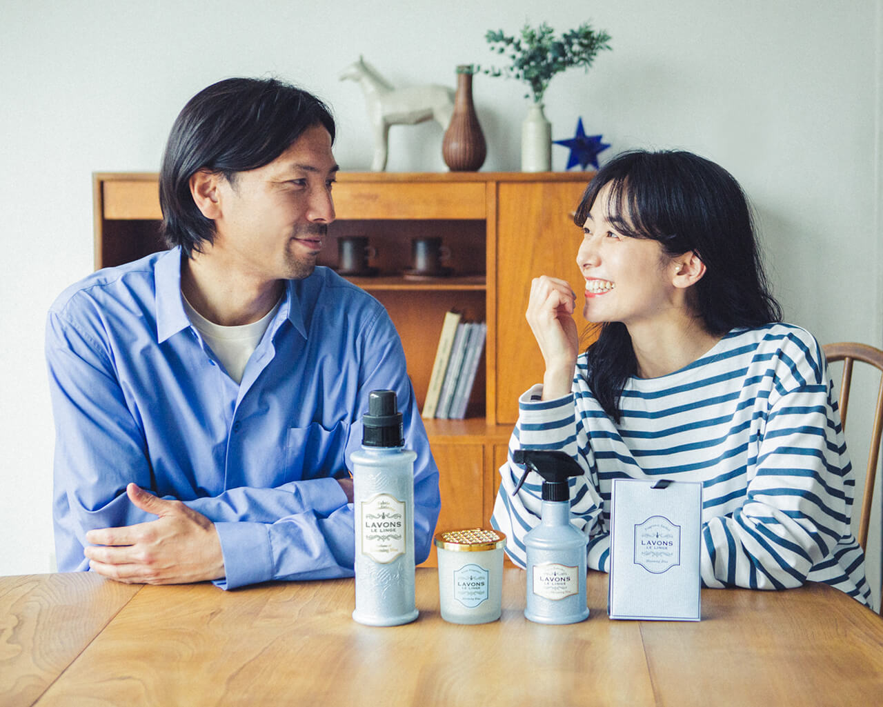 橋本優子さん・鈴木隆行さん夫妻に聞きました!家族みんなが心地よく過ごせる「おうちの香り問題」どうしてる?