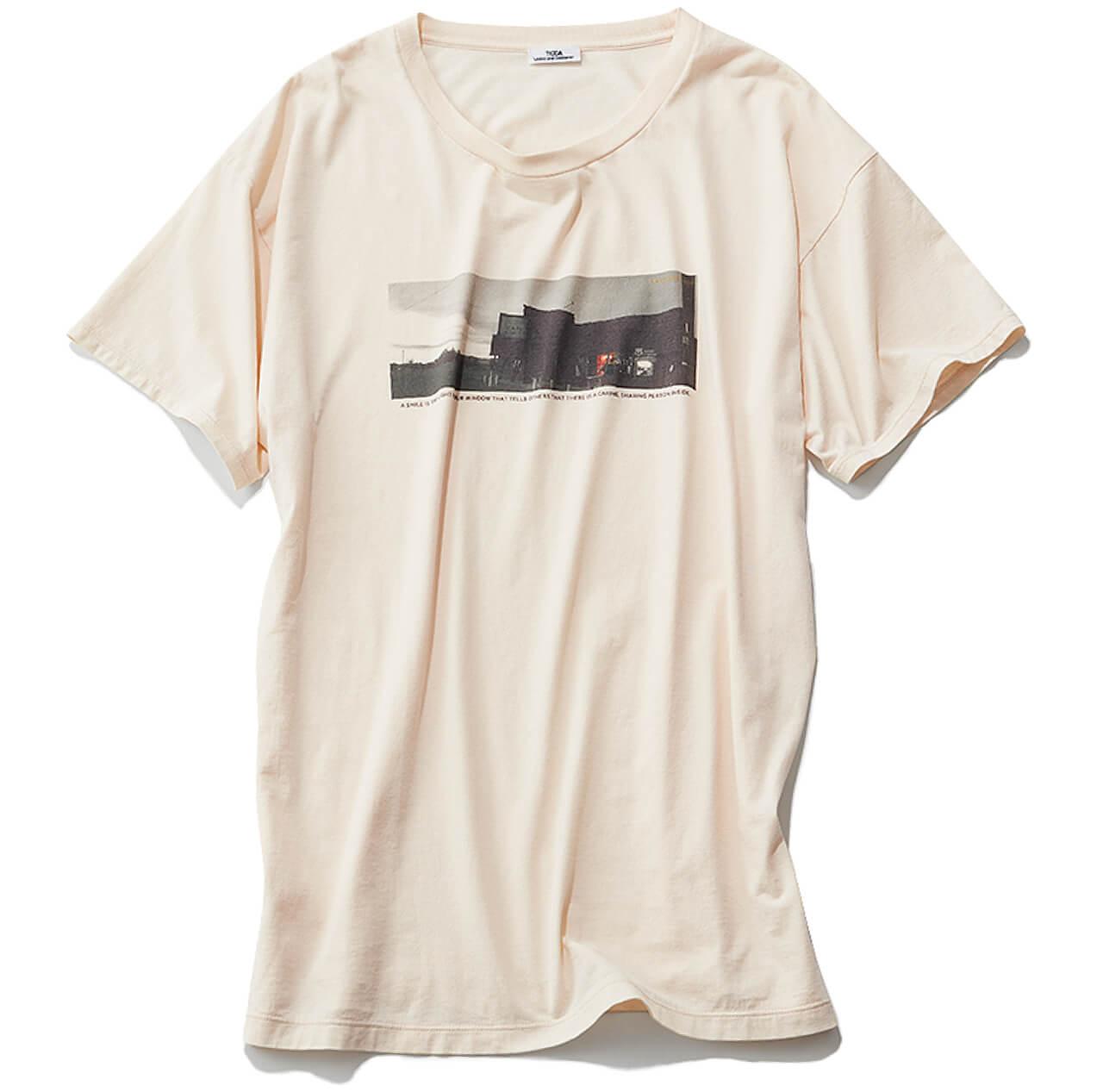 フォトTシャツ¥10450/ティッカ