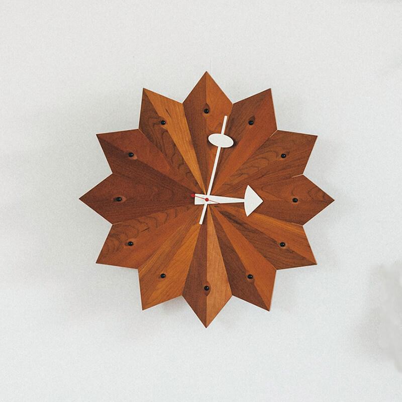 ヴィトラ ファン クロック(直径38.4㎝)¥53900/ヴィトラ