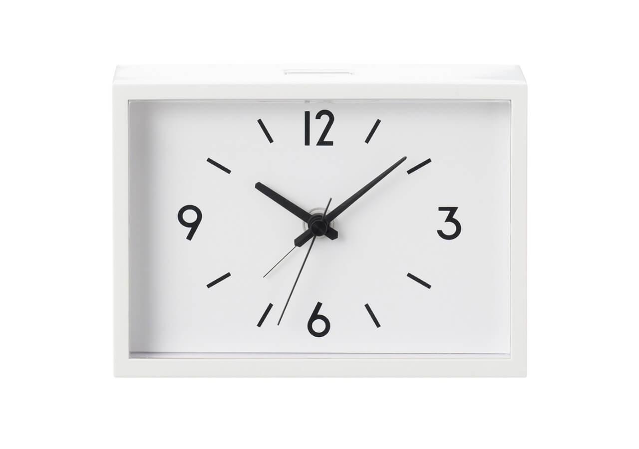 駅の時計 アラームクロック アイボリー(縦9×横12.6×奥行4㎝)¥2990/無印良品 銀座