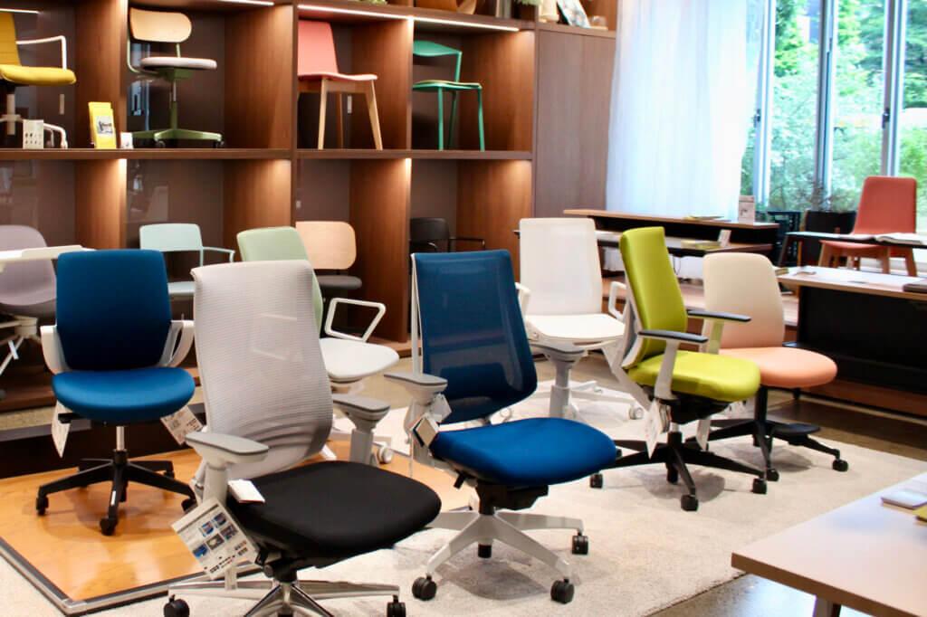 オフィス家具を試せるコーナー