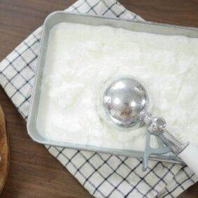 【材料2つで簡単!ミルクアイス】夏の<ひんやりアイスクリーム>を作ってみました!【レシピレポート3人分】