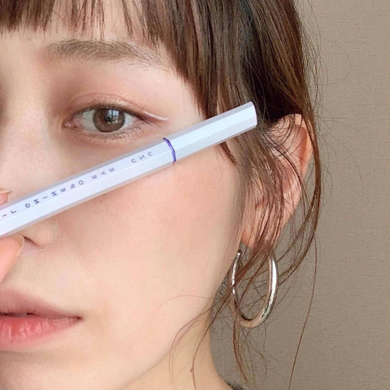 大人のアイラインは「目尻」だけ!「マスク映えする簡単アイメイク」を紹介!【2021夏メイク】