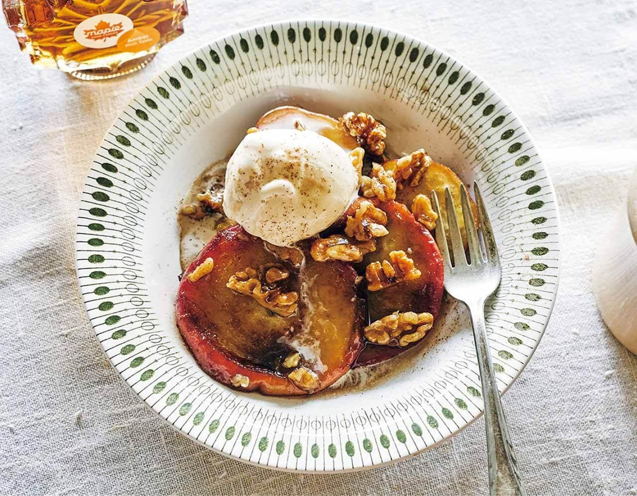 バターの香りとメープルの甘味にうっとり さつまいもとりんごのバターメープルソテー