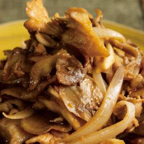 「豚肉ときのこのピリ辛にんにくみそ炒め」レシピ/コウケンテツさん