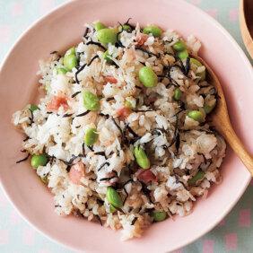 「シラス、枝豆、ヒジキの和風梅チャーハン」のレシピ/市瀬悦子さん